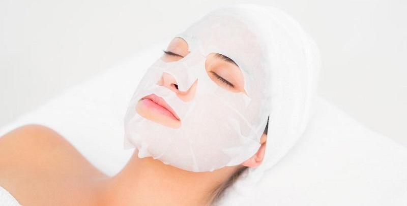 Mặt nạ giấy khá phổ biến trong ngành làm đẹp vì tiện lợi dễ sử dụng