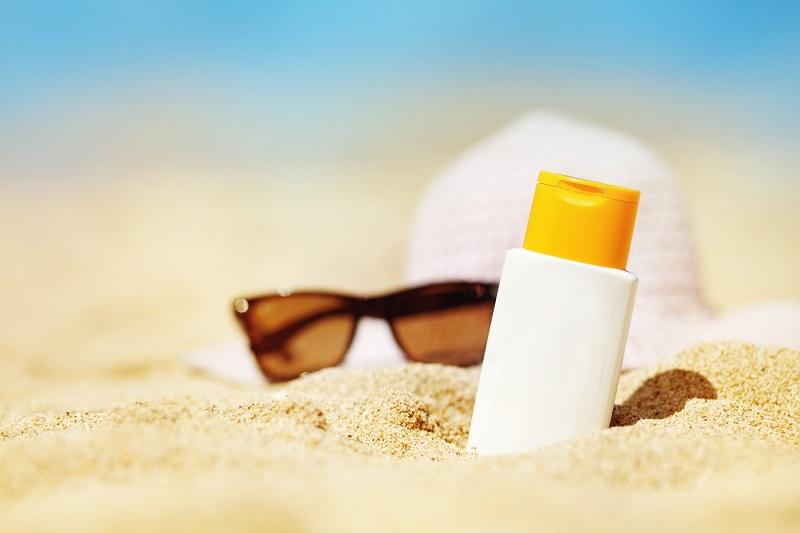 Dưỡng trắng da bằng vitamin C và những điều cần lưu ý